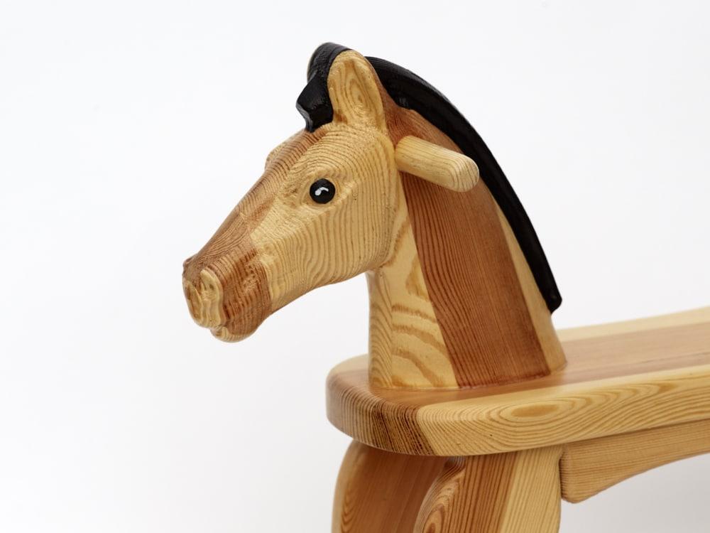 Dřevěný houpací koník v lakovaný, hlava