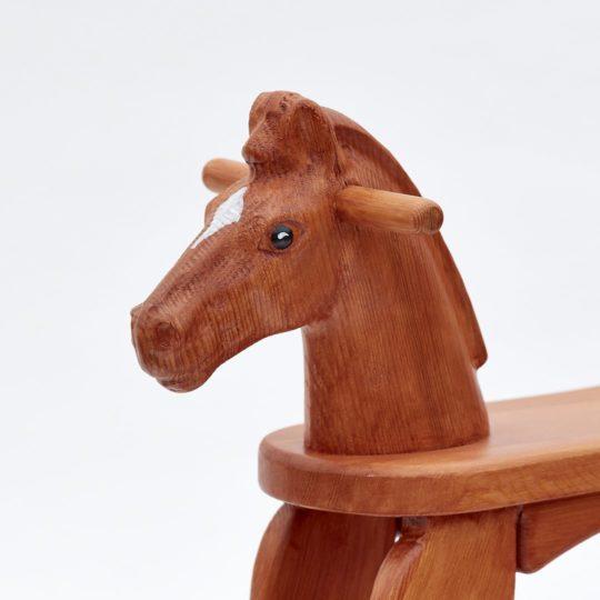 Tête de cheval de bois