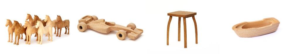 Les petits chevaux en bois, voitures en bois et petits bateaux en bois et les tabourets en bois
