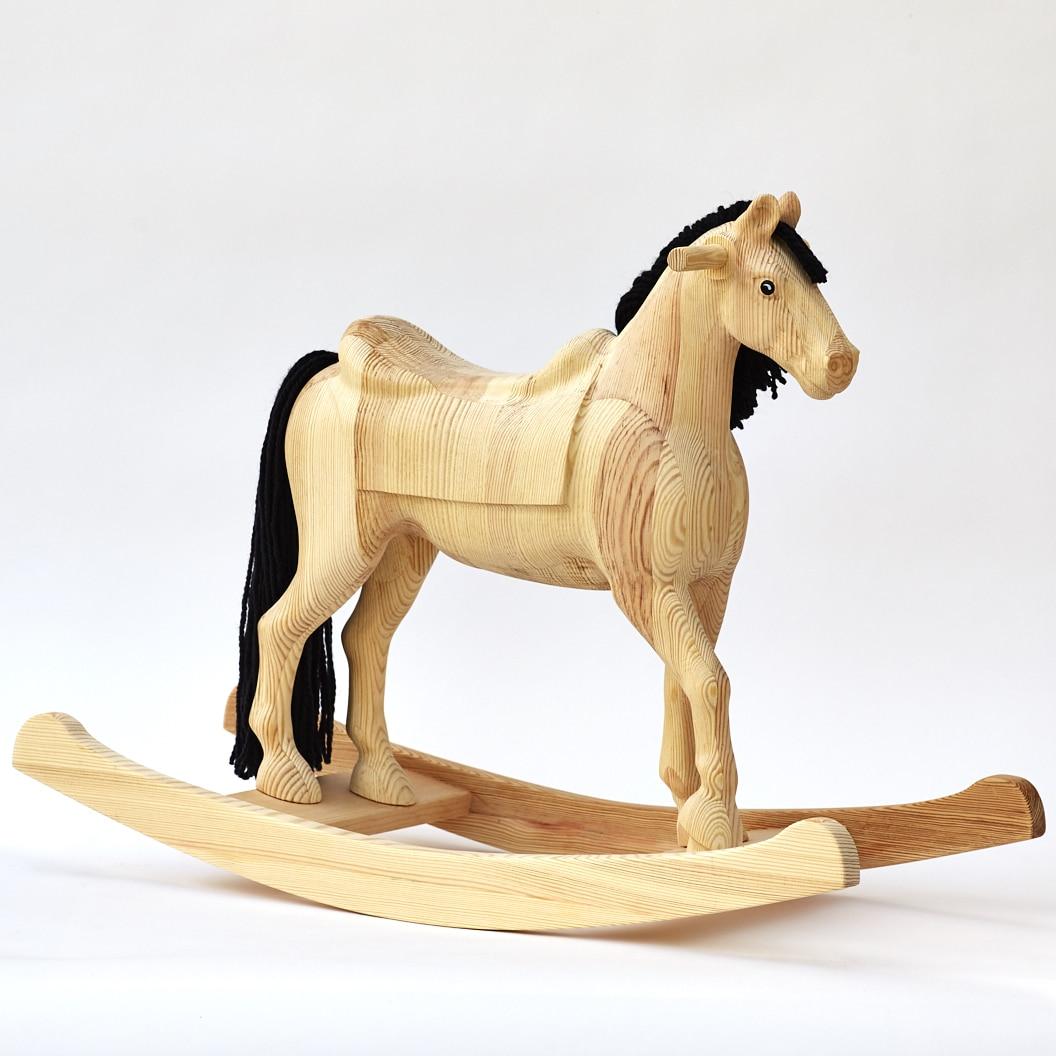 Houpací kůň Čenda 39 z masivního dřeva v přírodní povrchové úpravě