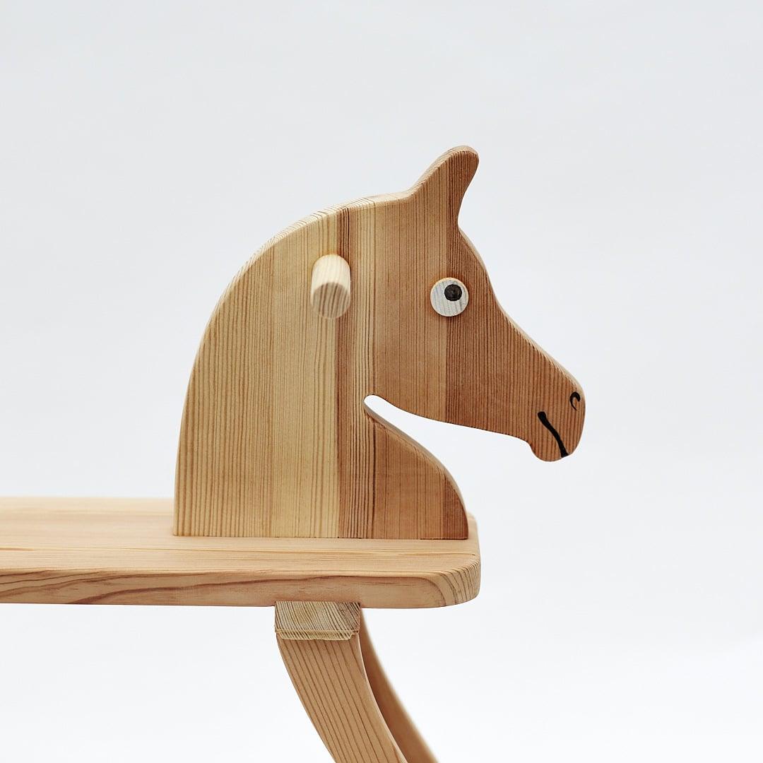 Achal 15 - le petit cheval en bois